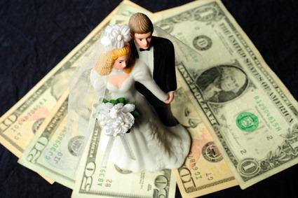 stoit-li-brat-kredit-na-svadbu