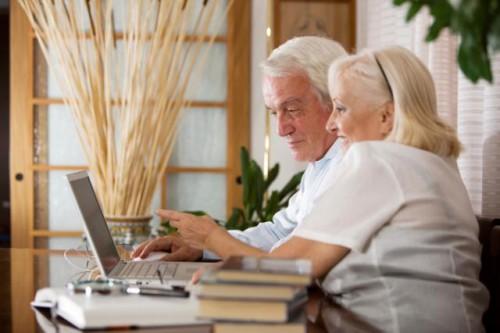kredit-nalichnymi-bez-spravok-i-poruchitelej-pensioneram