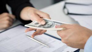 kredity-nalichnymi-v-bankakh-spb-luchshie