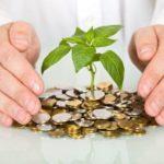 Стоит ли держать деньги «в носке»?